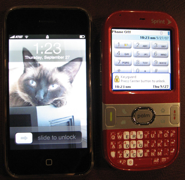 Palm Centro vs iPhone