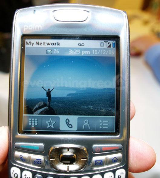 Treo 680 phone
