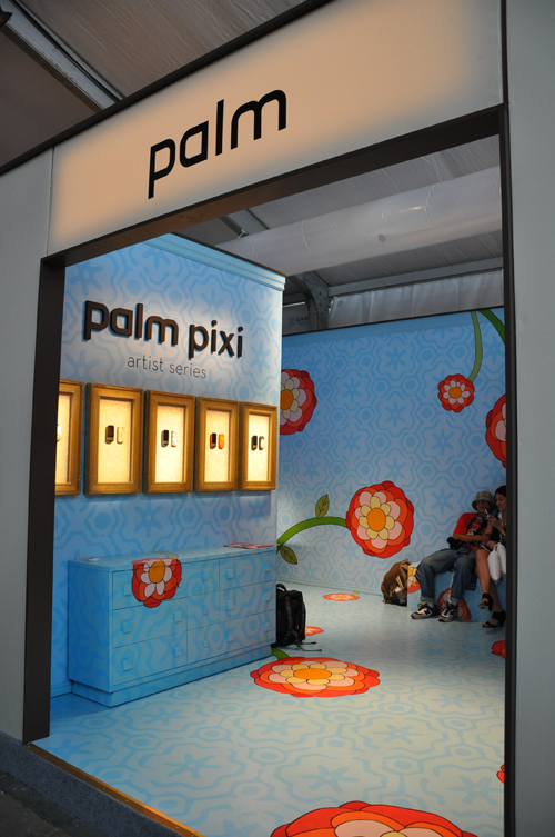 palm-fashion-week-booth