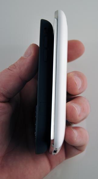 palm-pixi-vs-iphone